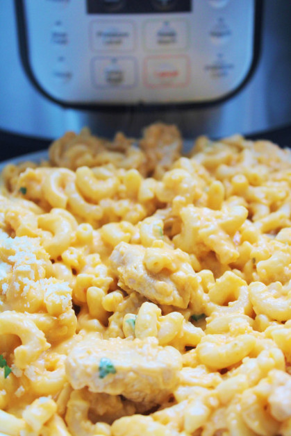Serving Buffalo Chicken Macaroni and Cheese Made In The Instant Pot