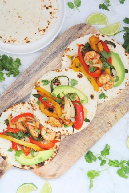 Serving Tortillas with Prawns