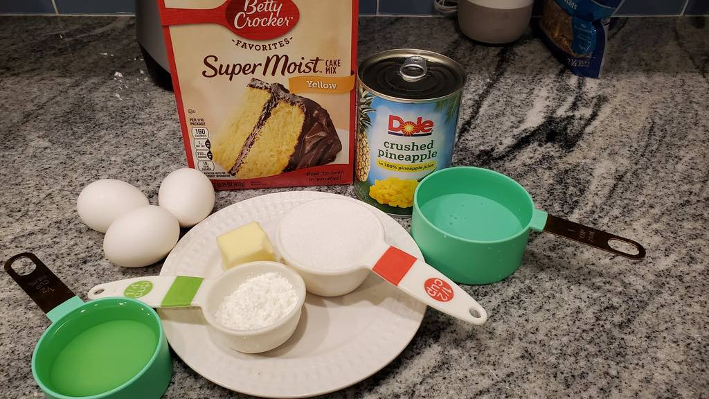Ingredients for the pineapple cake